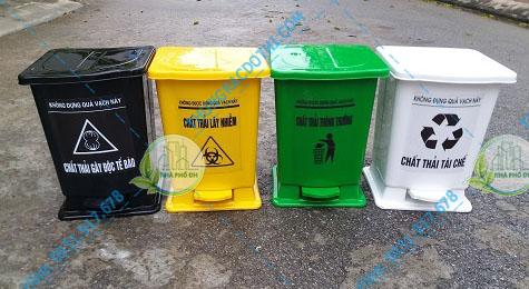 Thùng đựng rác thải y tế 15 lít