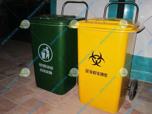 thùng rác 90l nắp lật composite