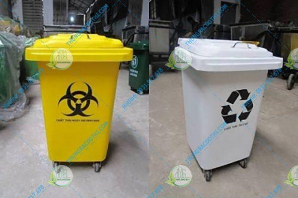 thùng rác có nắp đậy composite
