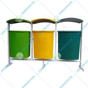 thùng rác trường học