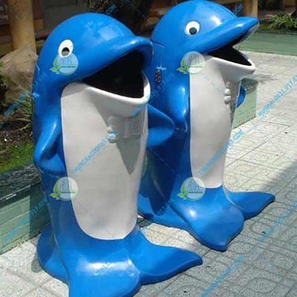 giá thùng rác cá heo