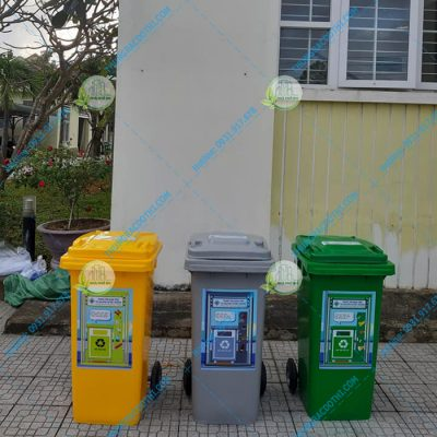 thùng rác phân loại tại huế