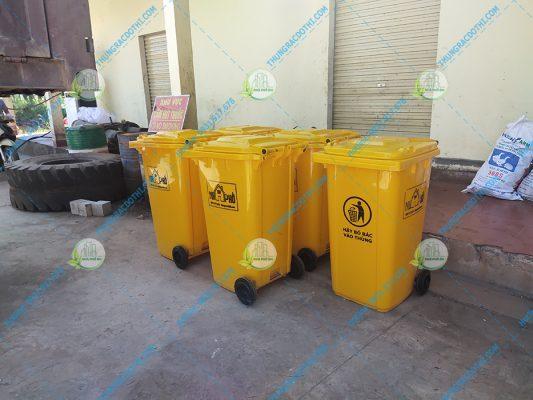 mua thùng rác tại gio linh