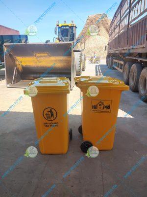 thùng rác quảng trị