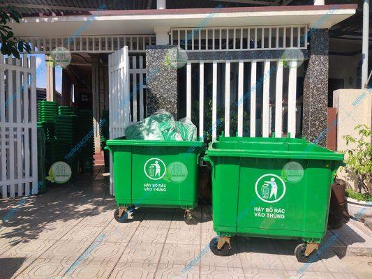 mua thùng rác