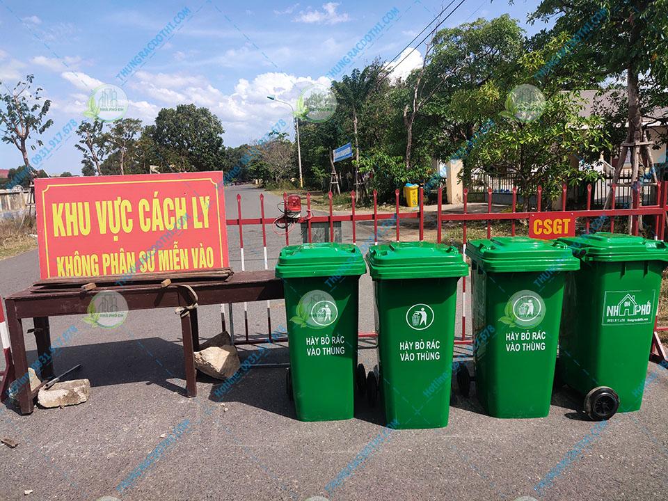 thùng rác khu vực cách ly